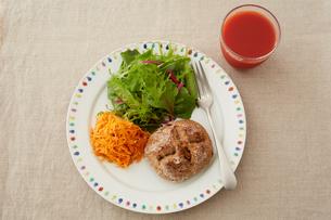 健康的な朝食の写真素材 [FYI03129562]
