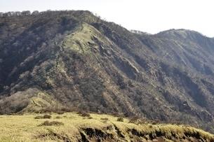 不動ノ峰より日本百名山の丹沢山の写真素材 [FYI03129676]