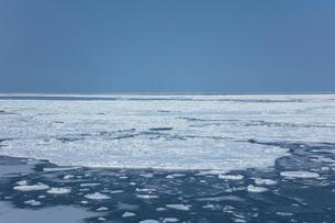 オホーツク海の流氷の写真素材 [FYI03130168]