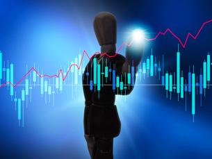 株、チャート、マーケット、経済、株価を操るビジネスマンの写真素材 [FYI03130348]