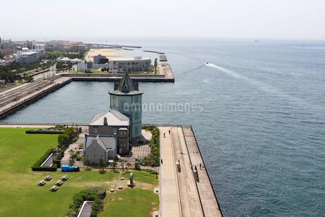 明石海峡大橋から眺める舞子公園の写真素材 [FYI03130921]