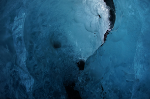 アイスランド・氷の洞窟(ヴァトナヨークトル)の写真素材 [FYI03131184]