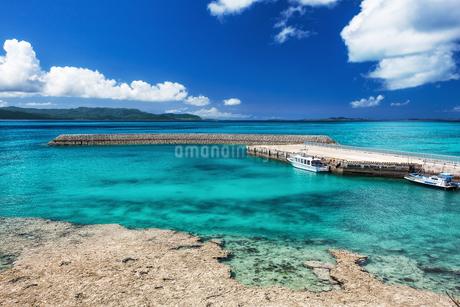 沖縄県・八重山諸島 新城島の風景 2の写真素材 [FYI03132393]