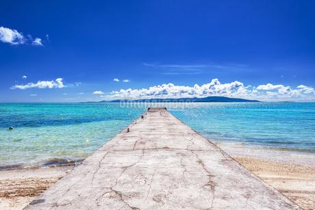 沖縄県・八重山諸島 竹富島の風景 2の写真素材 [FYI03132399]