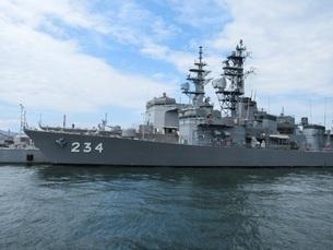 護衛艦とねの写真素材 [FYI03132658]