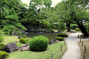 緑豊かな庭園の写真素材 [FYI03132895]