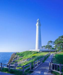 島根県 自然 風景 青空と出雲日御碕灯台の写真素材 [FYI03132923]