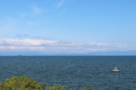 夏の琵琶湖の写真素材 [FYI03133392]