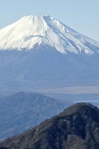 丹沢 不動ノ峰からの富士山の眺望の写真素材 [FYI03133964]