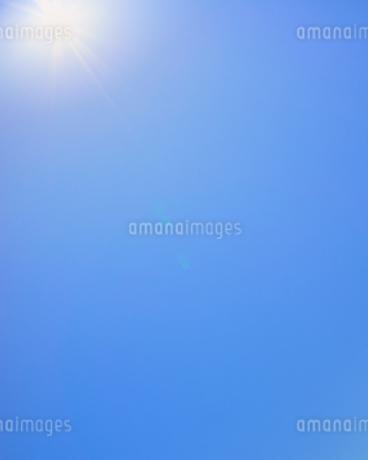 青空 太陽の写真素材 [FYI03135131]