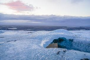 アイスランド・氷の洞窟(ヴァトナヨークトル)の写真素材 [FYI03135993]