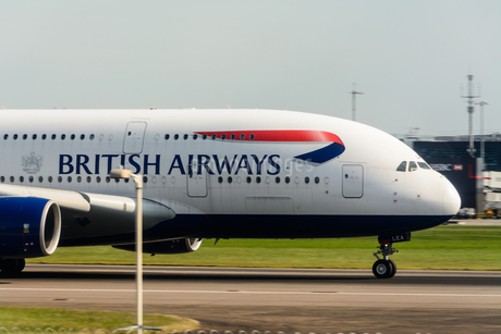 ブリティッシュ・エアウェイズ BA A380の写真素材 [FYI03136159]