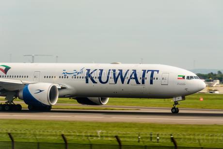 クウェート航空 KU 777の写真素材 [FYI03136160]