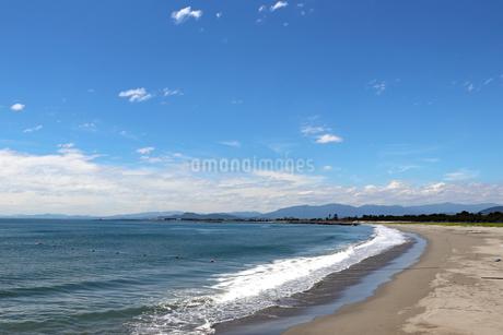 夏の砂浜の写真素材 [FYI03136716]