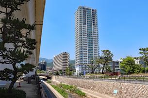 神戸の街と住吉川の写真素材 [FYI03136811]