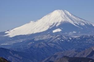 真冬の富士山の写真素材 [FYI03139339]