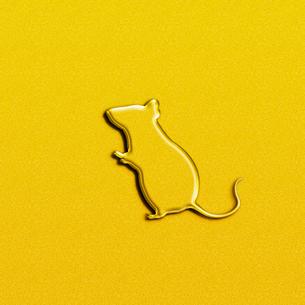 黄金のネズミのイラスト素材 [FYI03139724]