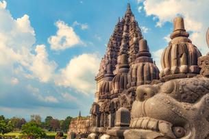 インドネシア・プランバナン寺院群の写真素材 [FYI03139872]