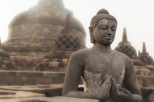 インドネシア・ボロブドゥール寺院遺跡群 3の写真素材 [FYI03139874]