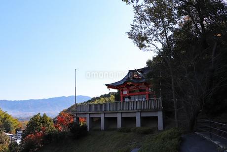 秋の山寺の写真素材 [FYI03140328]