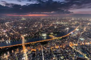 東京都・東京スカイツリーからの夜景 2の写真素材 [FYI03140677]