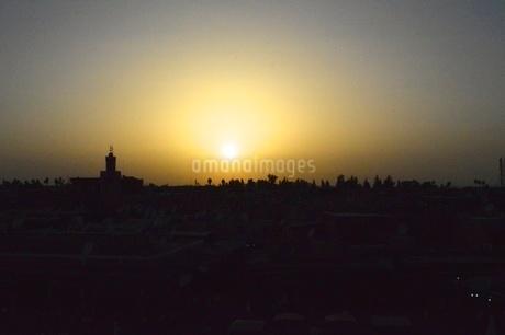モロッコの夕陽の写真素材 [FYI03141673]