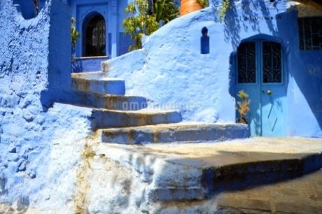 青い街の写真素材 [FYI03141703]
