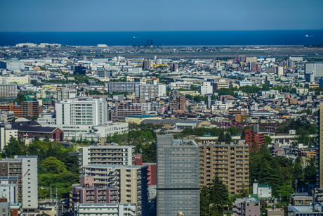 晴天の仙台市内の街並みの写真素材 [FYI03141765]