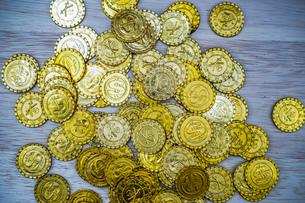 たくさんの金貨の写真素材 [FYI03141851]
