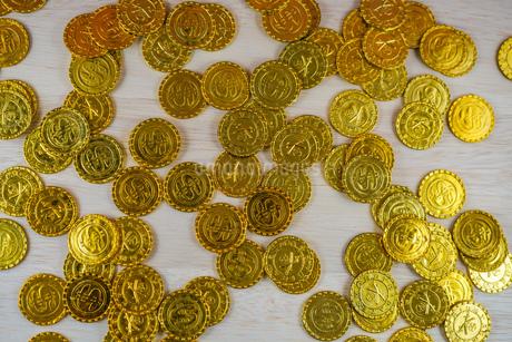 たくさんの金貨の写真素材 [FYI03141860]