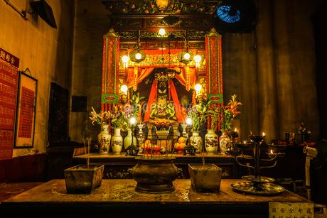 香港・文武廟の装飾の写真素材 [FYI03141914]