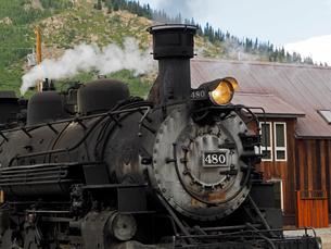 北米アメリカ合衆国コロラド州デュランゴシルバートン狭軌鉄道の蒸気機関車の写真素材 [FYI03142749]