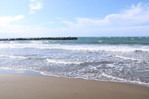 荒れ気味の日本海の写真素材 [FYI03143627]