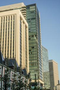 東京丸の内のビジネス街・オフィスビルのイメージの写真素材 [FYI03144885]