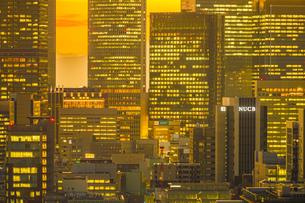 名古屋テレビ塔の展望台からの夕景の写真素材 [FYI03145458]