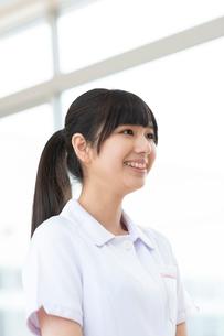 微笑む看護学生の写真素材 [FYI03145870]