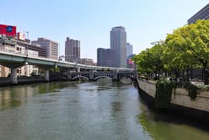 大阪・中之島の風景の写真素材 [FYI03145980]