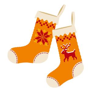 クリスマスのイメージイラスト_トナカイとノルディック柄のクリスマスの靴下のイラストのイラスト素材 [FYI03146128]