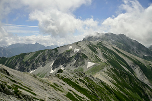 立山の尾根の写真素材 [FYI03146322]