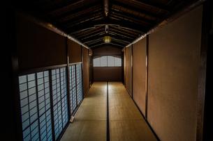 日本家屋のイメージの写真素材 [FYI03147215]