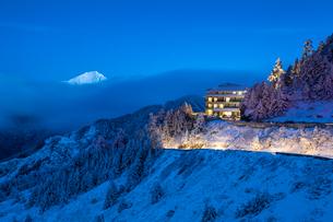 雪の合歓山の写真素材 [FYI03147299]