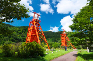 炭鉱メモリアル森林公園の堅坑櫓の写真素材 [FYI03147436]
