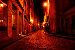 フランスの小路 石畳のリヨン旧市街の写真素材 [FYI03147654]