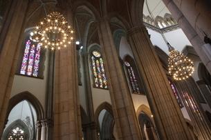 サンパウロ市にあるセー大聖堂の内部の写真素材 [FYI03147886]