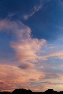 早朝の雲の写真素材 [FYI03148424]