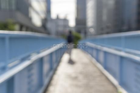 歩道橋ボケの写真素材 [FYI03148640]