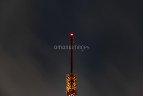 クローズアップ東京タワー<夜景>の写真素材 [FYI03148657]