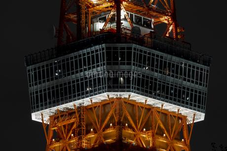 クローズアップ東京タワー<夜景>の写真素材 [FYI03148662]