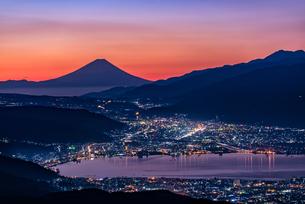 高ボッチ高原から望む富士山 日本 長野県の写真素材 [FYI03150126]