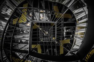 螺旋階段のイメージの写真素材 [FYI03150721]